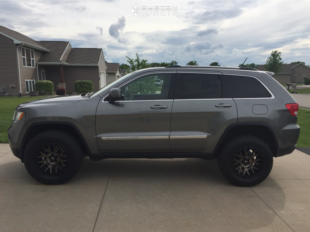 Jeep Grand Cherokee Lift Kit >> 2011 Jeep Grand Cherokee V Rock Recoil Rocky Road Outfitters
