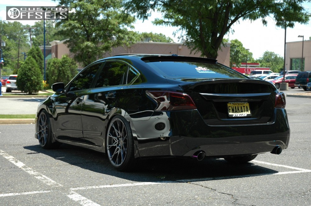 wheel offset 2015 nissan altima nearly flush coilovers. Black Bedroom Furniture Sets. Home Design Ideas