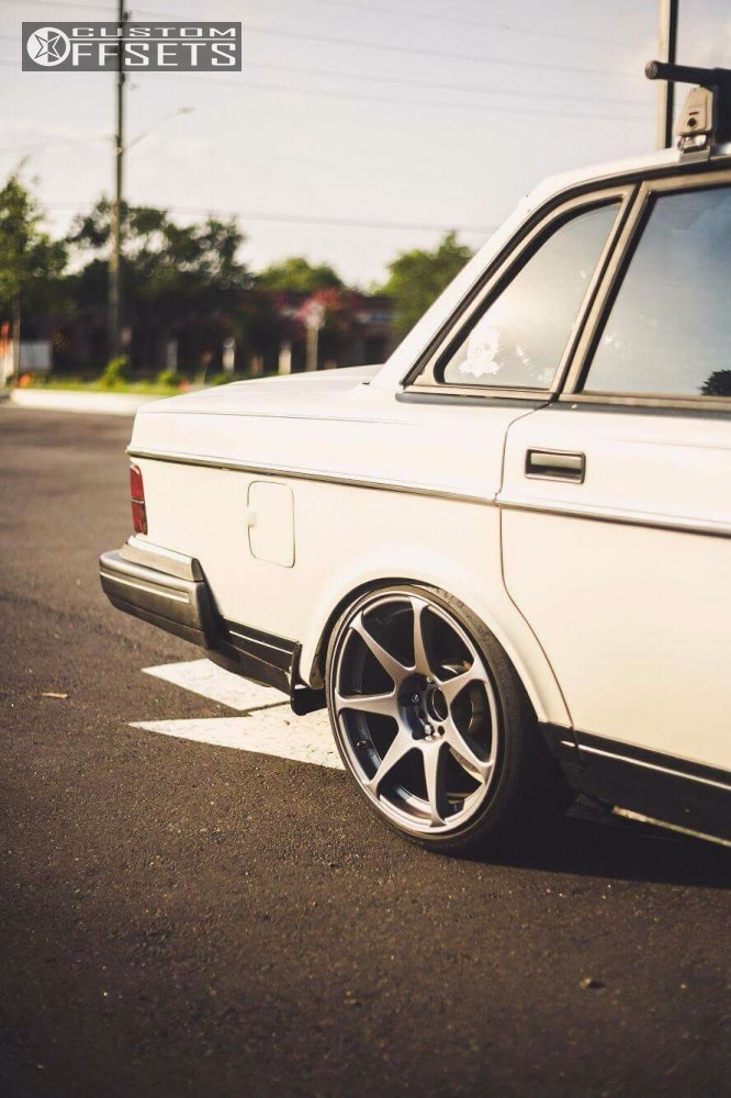 1993 Volvo 240 Mb Battle Custom Coilovers