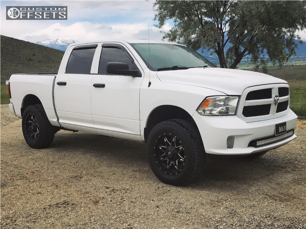 Dodge Hell Bent Steel Leveling Kit Body Lift Fuel Lethal Machined Accents on Dodge 1500 Rims