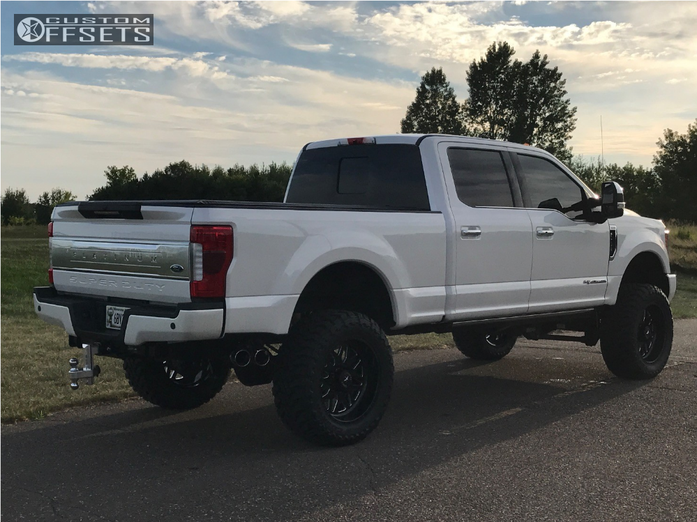 wheel offset 2017 ford f 250 super duty aggressive 1 outside fender suspension lift 6. Black Bedroom Furniture Sets. Home Design Ideas