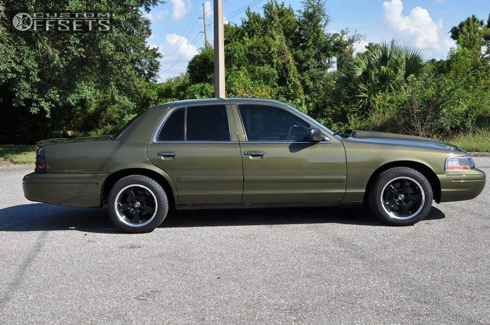 Ford Crown Victoria Mickey Thompson Sc Stock Stock - 2004 crown victoria