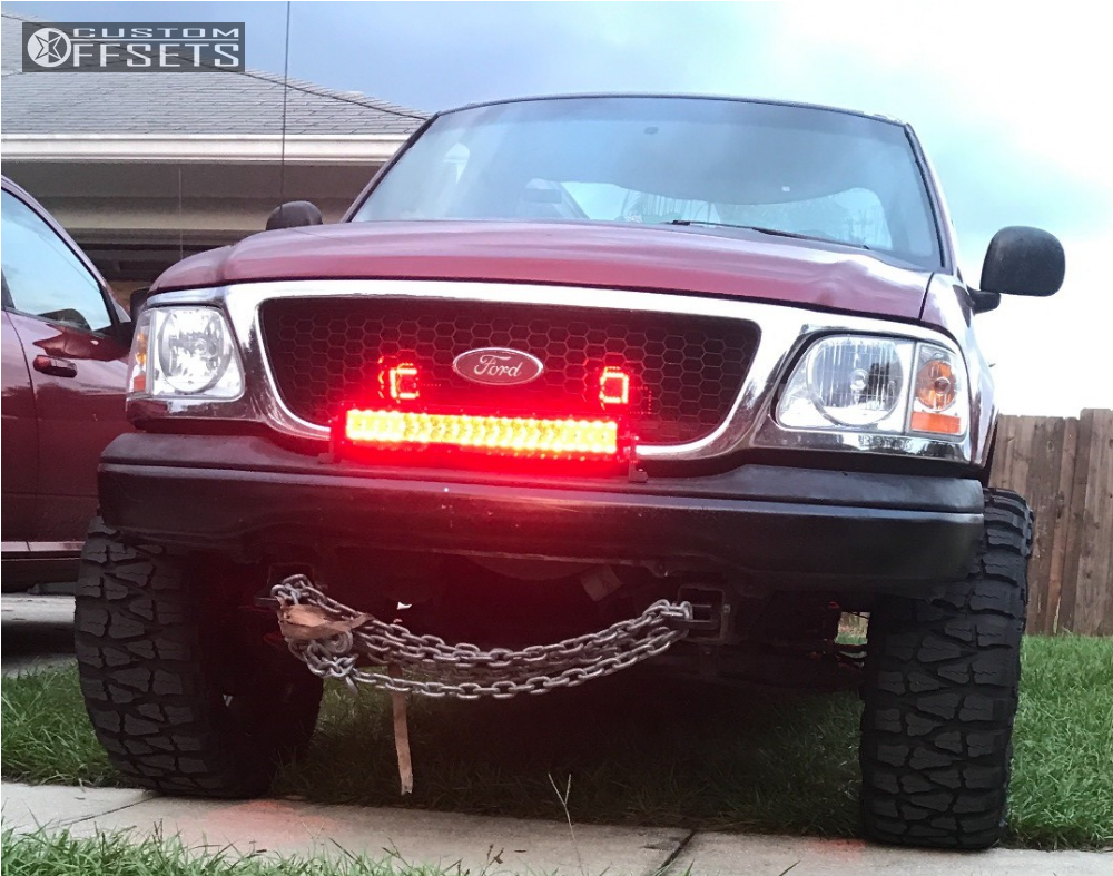 2 2000 F 150 Ford Rough Country Suspension Lift 3in Bold Bd001 Black