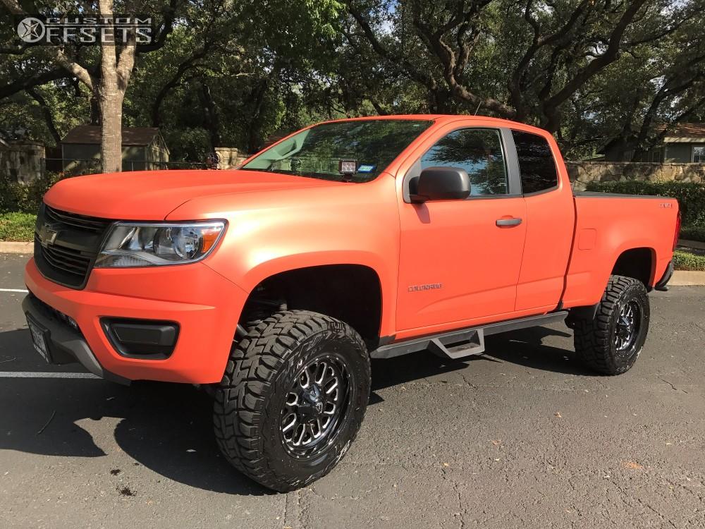 2015 Chevrolet Colorado Fuel Titan Rough Country Suspension Lift 6in