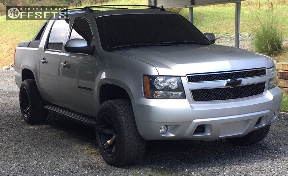 2012 chevrolet avalanche fuel beast rough country leveling kit. Black Bedroom Furniture Sets. Home Design Ideas