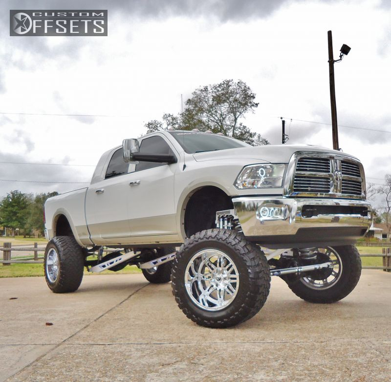 "Rough Country 4wd Dodge Ram 2500 3500 Mega Cab 5 Lift: Wheel Offset 2011 Ram 2500 Super Aggressive 3"" Suspension"