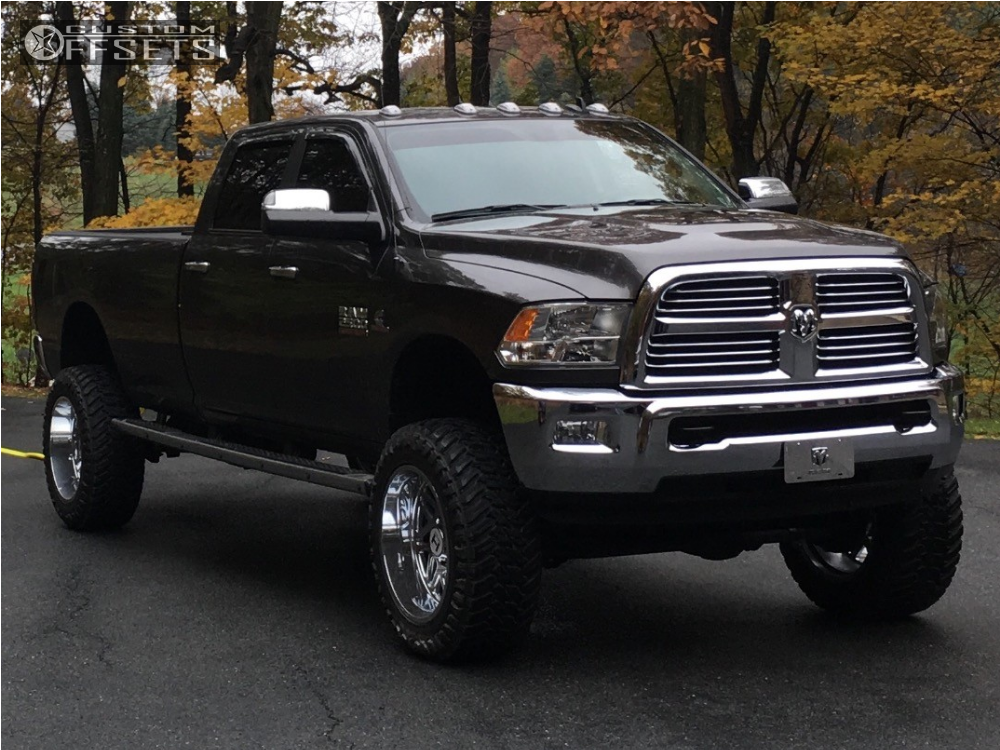 2016 dodge ram 2500 hostile sprocket fabtech suspension lift 7in. Black Bedroom Furniture Sets. Home Design Ideas