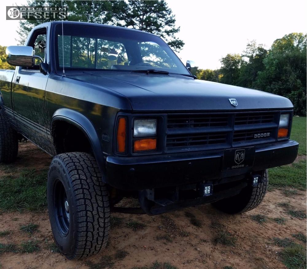 Dakota Dodge Stock Suspension Lift In Allied Black