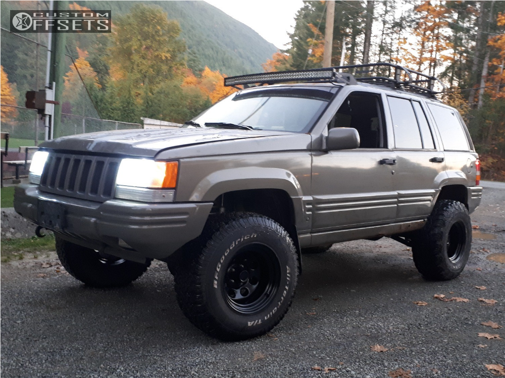 ... 8 1996 Grand Cherokee Jeep Rough Country Suspension Lift 35in Ceco  Other Black