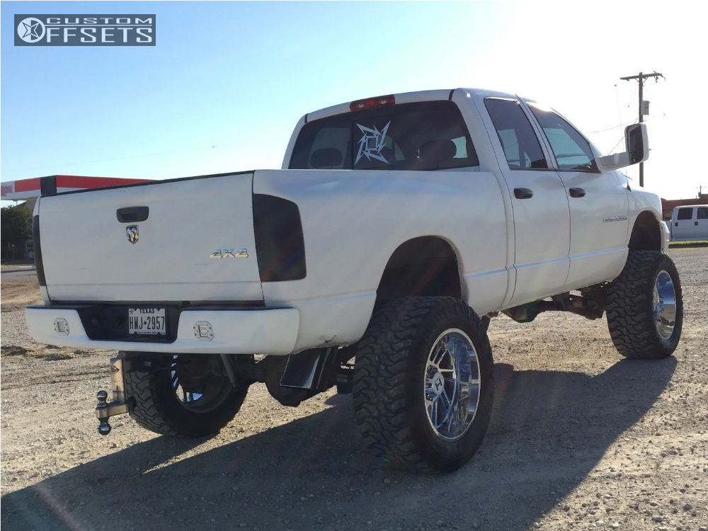 4 2004 Ram 2500 Dodge Rough Country Suspension Lift 75in Hostile Stryker Chrome
