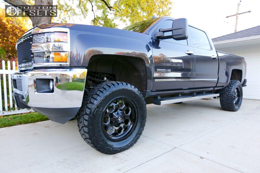 1 2015 Silverado 2500 Hd Chevrolet Suspension Lift 45 Fuel Savage Black Aggressive 1 Outside Fender