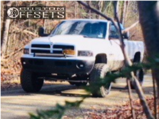 4 1998 Ram 1500 Dodge Skyjacker Suspension Lift 6in Fuel Hostage Black