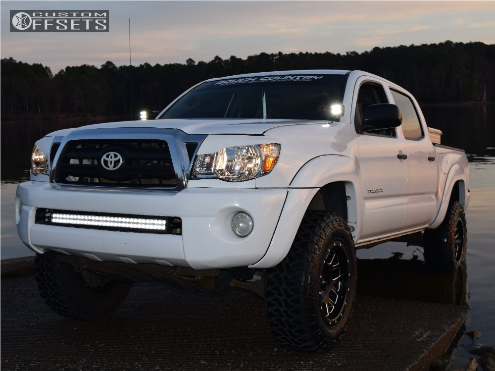 1 2005 Tacoma Toyota Rough Country Suspension Lift 3in Pro Comp Series 40 Machined Black