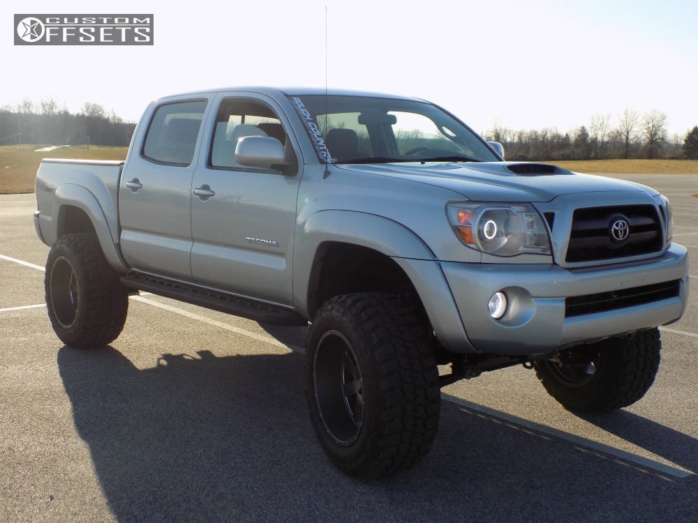 2007 Toyota Tacoma Moto Metal Mo962 Rough Country Suspension Lift 6in