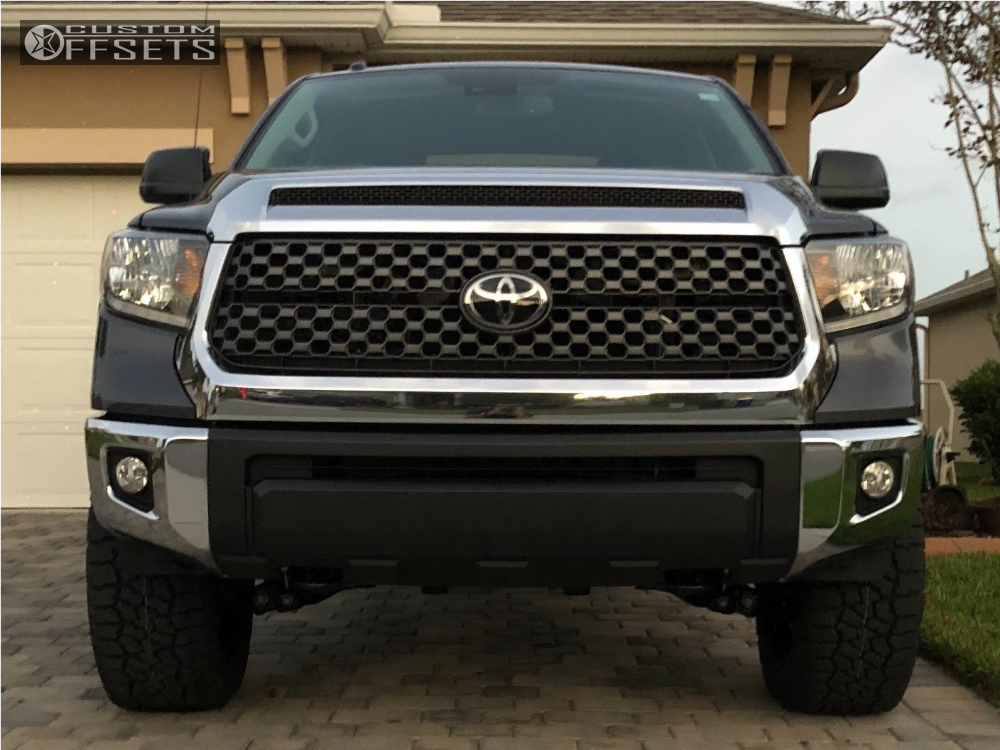 2018 toyota tundra fuel lethal rough country leveling kit. Black Bedroom Furniture Sets. Home Design Ideas