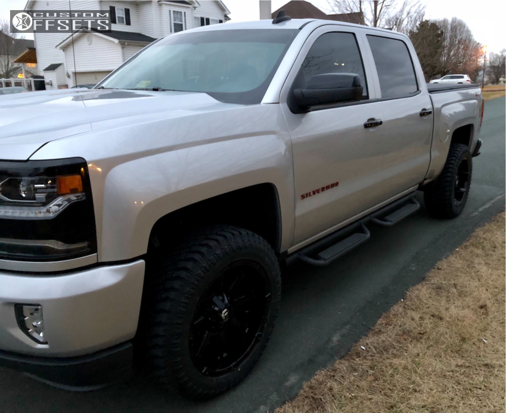 Silverado Leveling Kit Before And After >> 2018 Chevrolet Silverado 1500 Fuel Coupler Rough Country Leveling Kit Custom Offsets