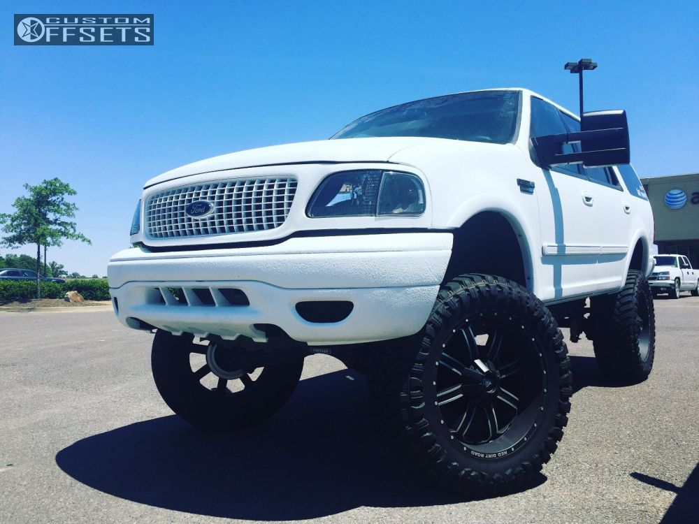 Expedition Ford Lifted Red Dirt Road Dirt Machined Accents Aggressive Outside Fender