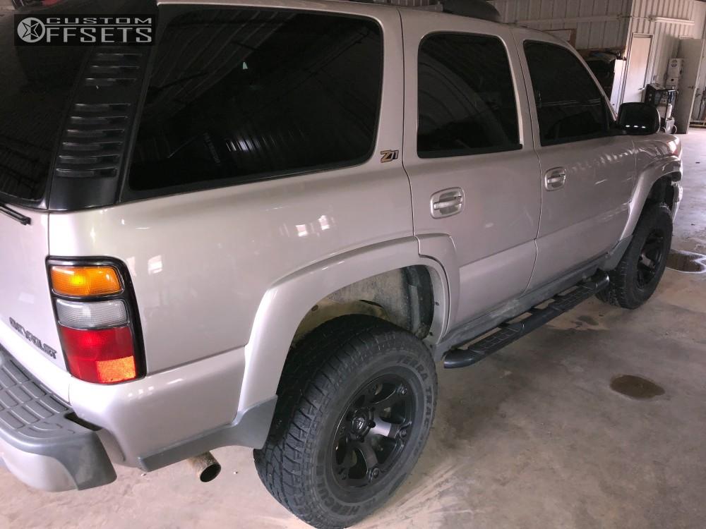 12 2004 Tahoe Chevrolet Supreme Suspension Lift 3in Fuel Beast Machined Black