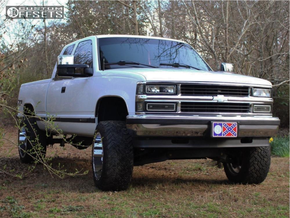 11 1997 K1500 Chevrolet Pro Comp Suspension Lift 4in Fuel Maverick D536 Chrome