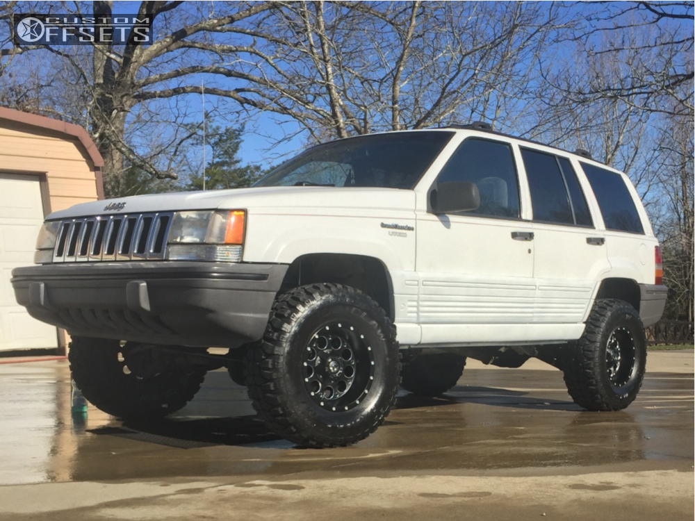 ... 1 1995 Grand Cherokee Jeep Rough Country Suspension Lift 35in Fuel  Revolver Machined Black ...