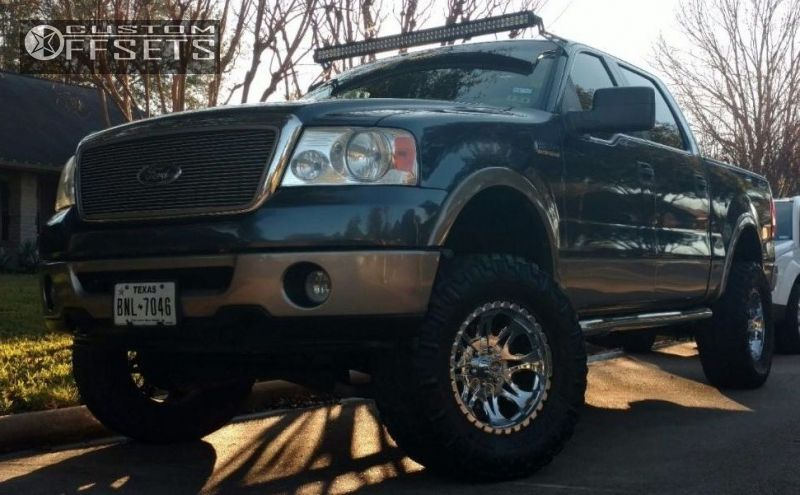 """2006 Ford F-150 Aggressive > 1"""" outside fender on 18x9 -12 offset Moto Metal MO950 and 35""""x12.5"""" Nitto Trail Grappler on Suspension Lift 3"""" - Custom Offsets Gallery"""