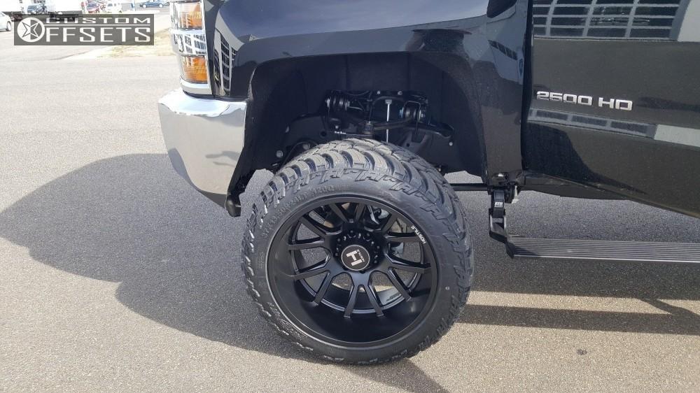 Chevy Silverado Custom Wheels >> 2018 Chevrolet Silverado 2500 Hd Hostile Rage Rough Country Suspension Lift 75in