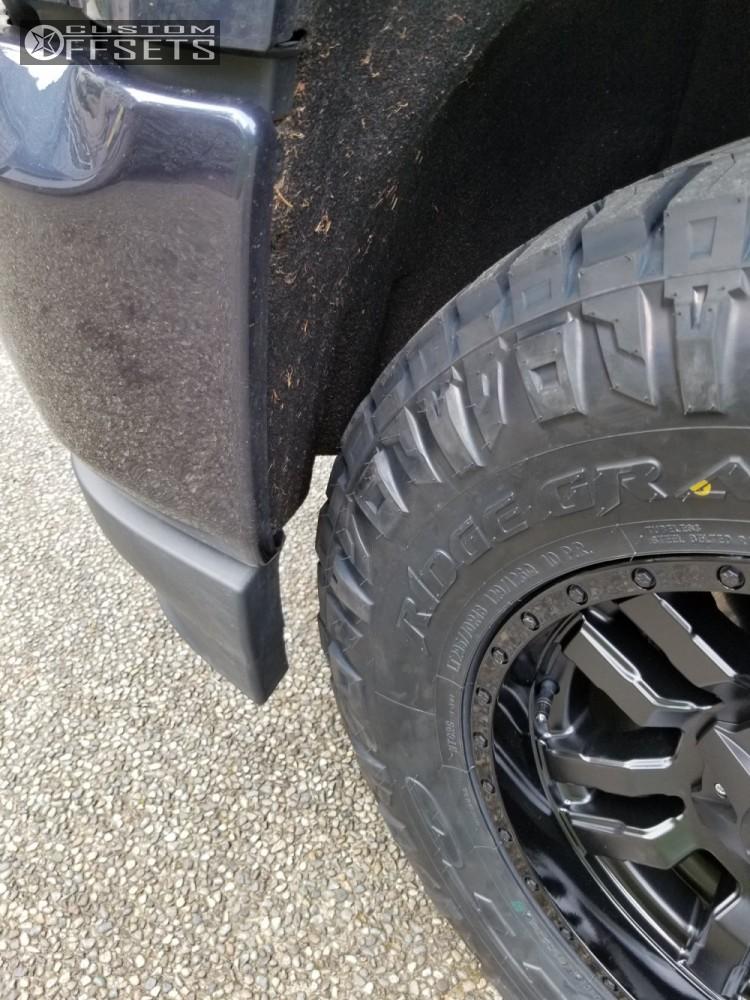 2018 Chevrolet Silverado 1500 Fuel Sledge Fox Suspension
