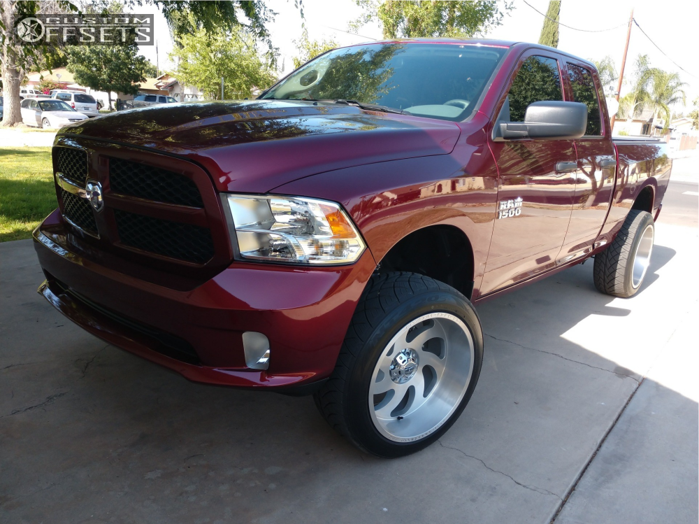 1 2018 Ram 1500 Dodge Rough Country Suspension Lift 4in Off Road Monster M07 Machined Accents
