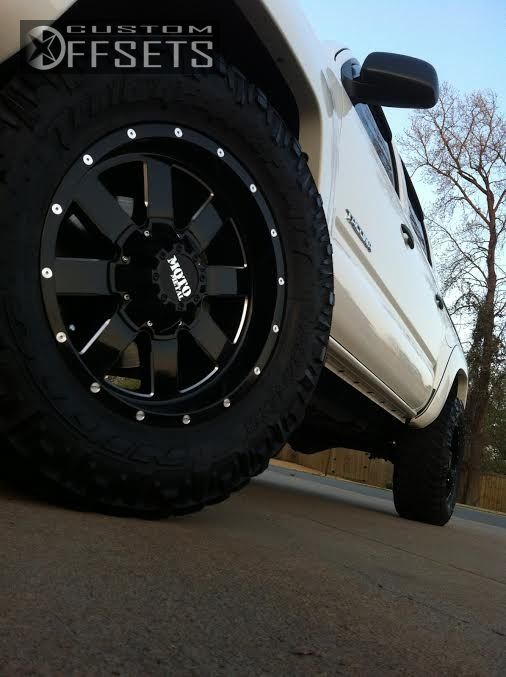 4 2011 Tacoma Toyota Suspension Lift 3 Moto Metal 962 Machined Accents Aggressive 1 Outside Fender