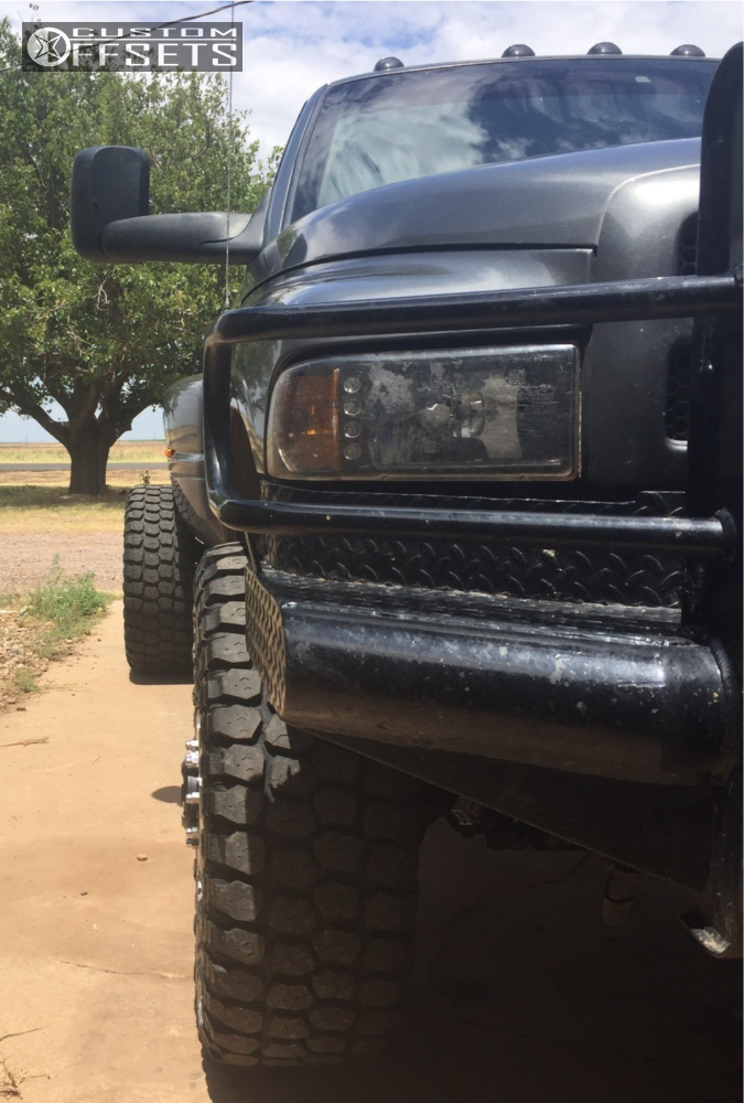"""2001 Dodge Ram 3500 Hella Stance >5"""" on 20x8.25 122 offset Fuel Maverick and 35""""x12.5"""" Ironman All Country Mt on Leveling Kit - Custom Offsets Gallery"""
