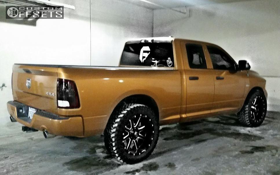 Ram Leveling Kit Fuel Maverick Black Aggressive Outside Fender on Dodge Ram 1500 Headlights