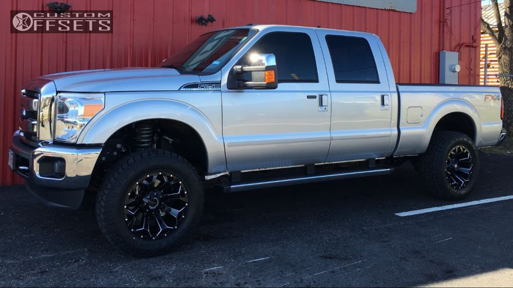wheel offset 2016 ford f 250 super duty aggressive 1 outside fender suspension lift 3 custom rims. Black Bedroom Furniture Sets. Home Design Ideas