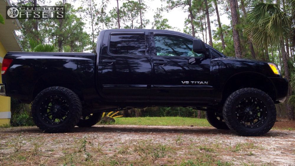 2011 Nissan an Fuel Hostage Rough Country Suspension Lift 6in