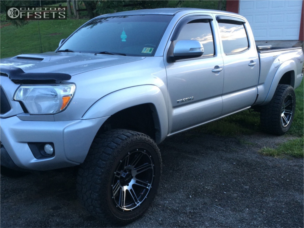 71fb8d32b6c ... 1 2012 Tacoma Toyota Rough Country Suspension Lift 4in Helo He900  Machined Black