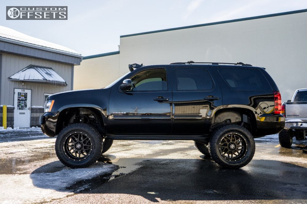 3 2011 Tahoe Chevrolet Suspension Lift 75 Hostile Sprocket Black Aggressive 1 Outside Fender