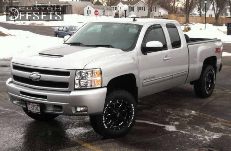 2 2011 Silverado 1500 Chevrolet Suspension Lift 3 Moto Metal 962 Black Nearly Flush