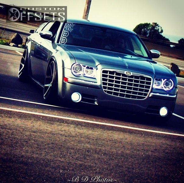 2006 Chrysler 300 C Sedan 4: Wheel Offset 2006 Chrysler 300 Tucked Dropped 3 Custom Rims