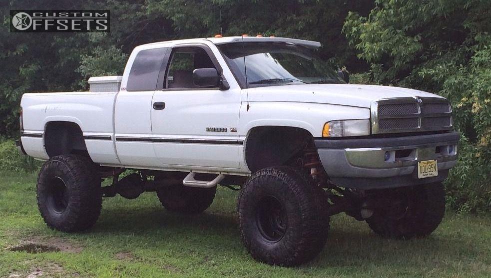 1997 Dodge Ram 2500 Weld Racing 185p Baja Champ Skyjacker Suspension