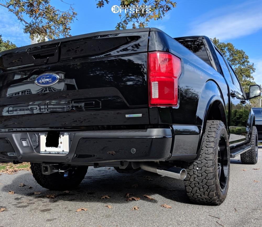 "2018 Ford F-150 Aggressive > 1"" outside fender on 20x10 -19 offset Hostile Alpha and 285/55 BFGoodrich All Terrain Ta Ko2 on Leveling Kit - Custom Offsets Gallery"