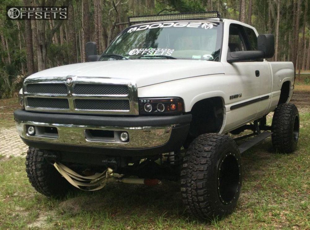 2001 Dodge Ram 1500 Fuel Maverick Lifted 9in