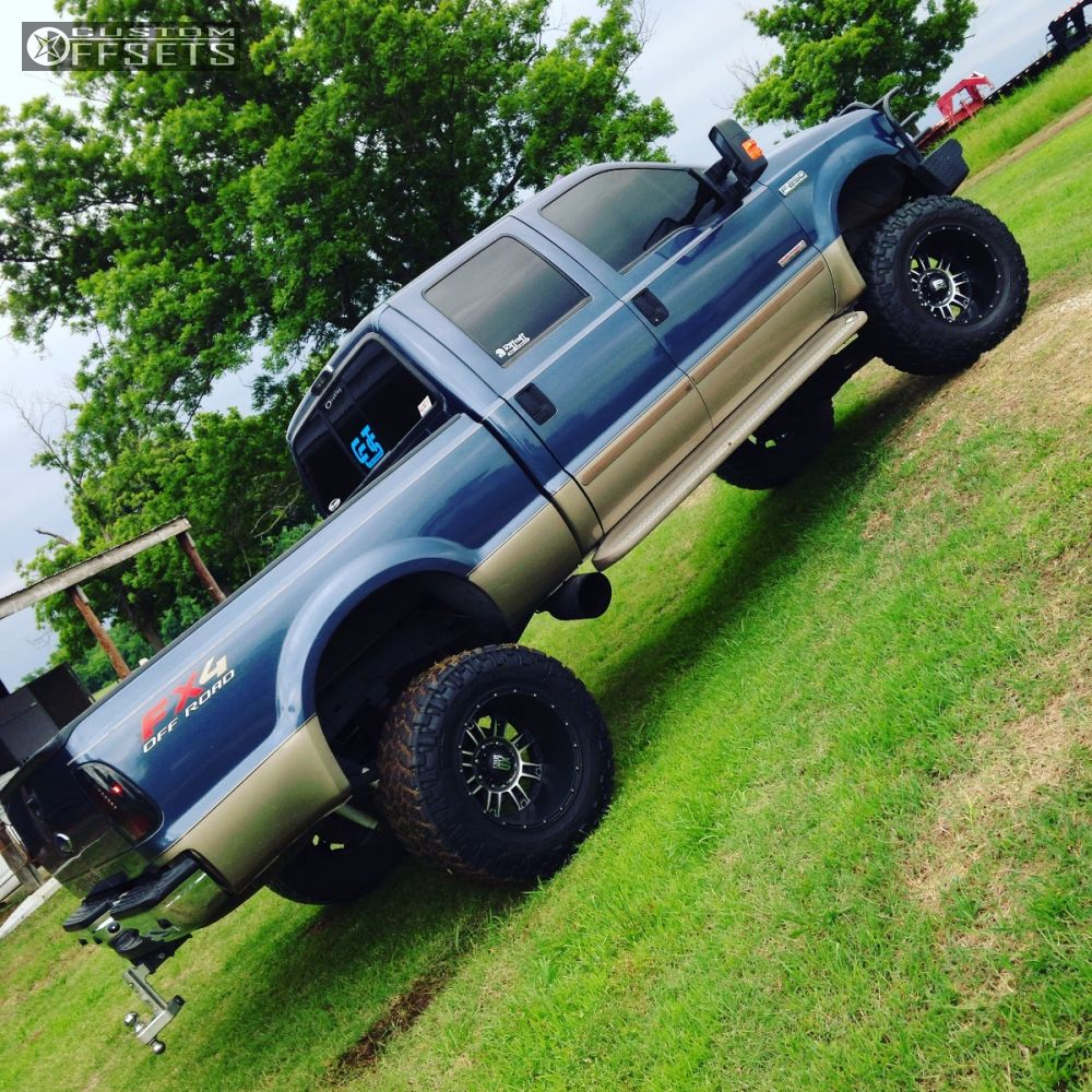 2004 Ford F 250 Super Duty Wheel Offset Aggressive 3 5 13 Suspension Lift 8 Xd Xd809 Machined Black