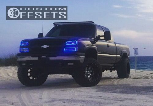 """2003 Chevrolet Silverado 1500 HD Aggressive > 1"""" outside fender on 20x14 -76 offset Fuel Maverick and 315/60 Toyo Tires Open Country M/T on Suspension Lift 6"""" & Body 3"""" - Custom Offsets Gallery"""
