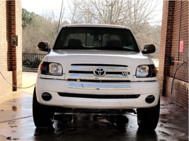 "2003 Toyota Tundra Aggressive > 1"" outside fender on 16x7 15 offset Spaced Out Stockers Spaced Out Stockers and 285/75 BFGoodrich All Terrain Ta Ko2 on Leveling Kit - Custom Offsets Gallery"