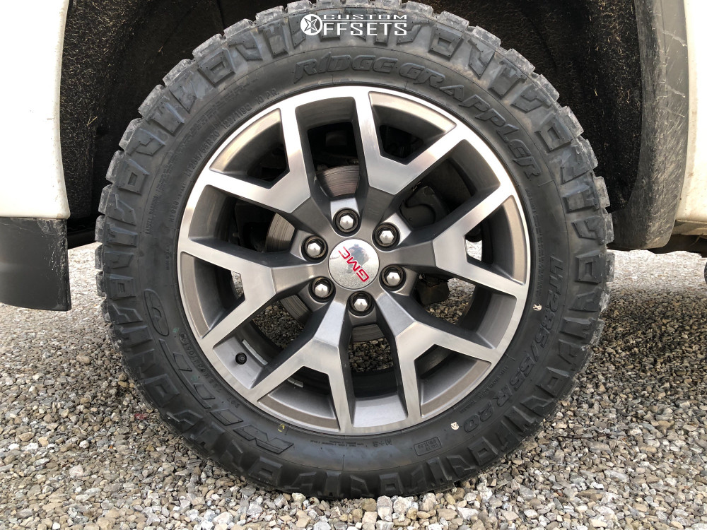 """2017 GMC Sierra 1500 Aggressive > 1"""" outside fender on 20x9 24 offset Spaced Out Stockers Spaced Out Stockers and 285/55 Nitto Ridge Grappler on Leveling Kit - Custom Offsets Gallery"""