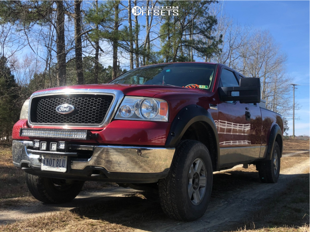 "2008 Ford F-150 Aggressive > 1"" outside fender on 17x7.5 44 offset Spaced Out Stockers Spaced Out Stockers and 285/75 Yokohama Geolandar A/t-s on Leveling Kit - Custom Offsets Gallery"
