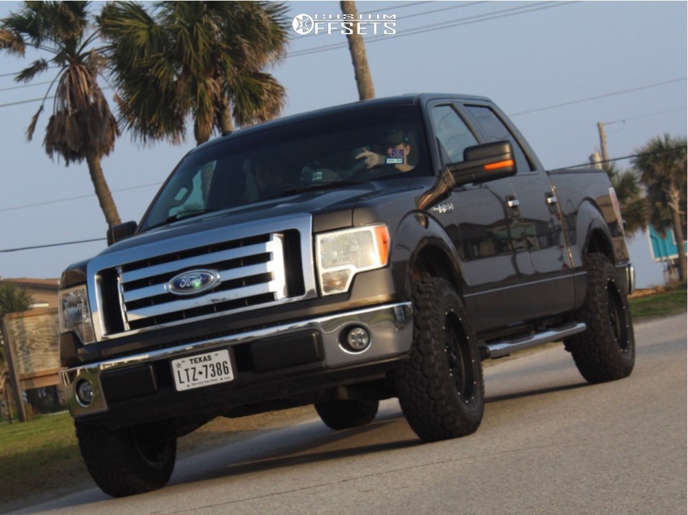 """2009 Ford F-150 Aggressive > 1"""" outside fender on 18x9 12 offset Vision Rocker and 275/70 Kanati Trail Hog on Leveling Kit - Custom Offsets Gallery"""