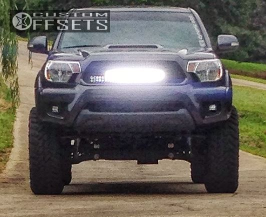 7 2012 Tacoma Toyota Suspension Lift 4 Fuel Hostage Chrome Aggressive 1 Outside Fender