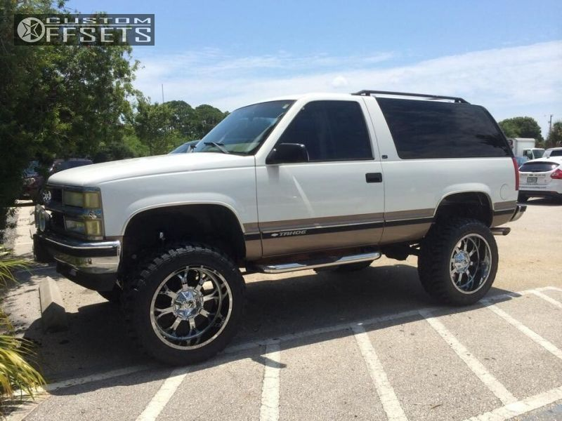 1998 Chevrolet Tahoe Fuel Krank Rough Country Suspension Lift 6in