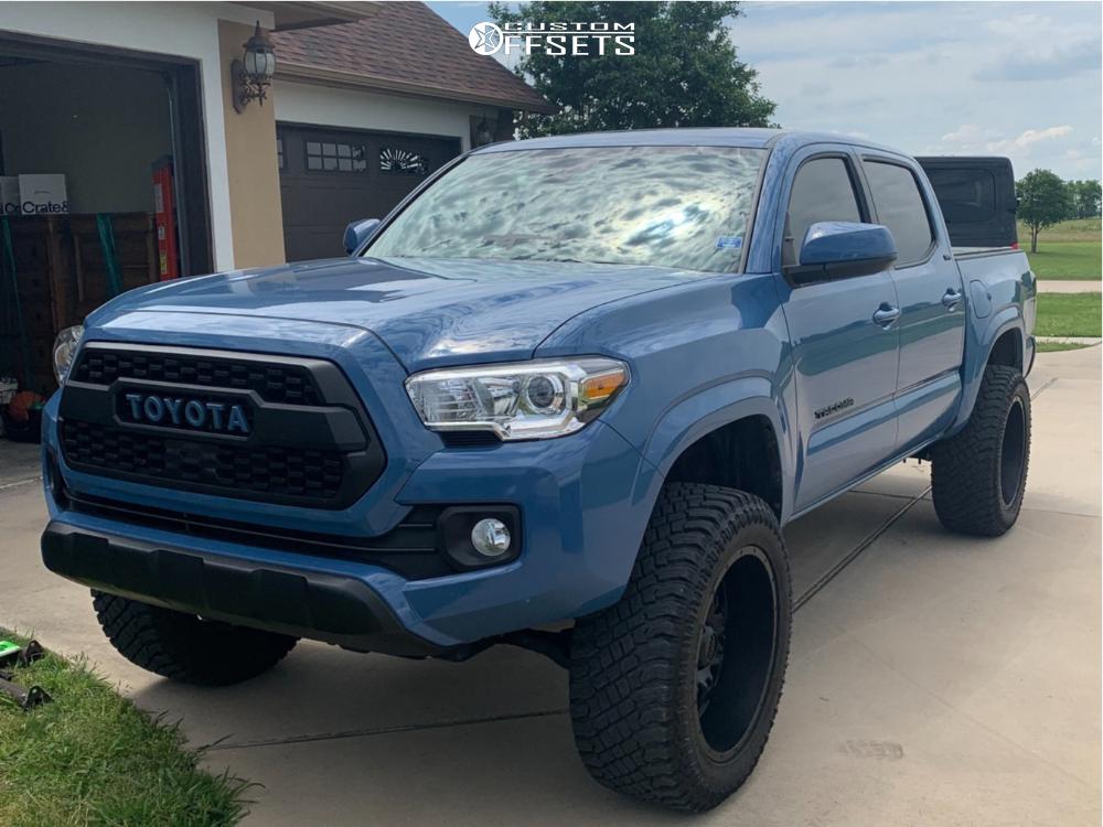 1 2019 Tacoma Toyota Pro Comp Leveling Kit Ultra Hunter Matte Black
