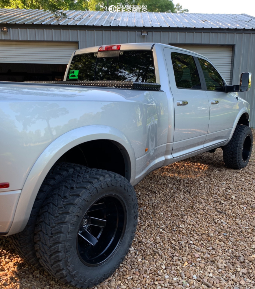 """2018 Ram 3500 Super Aggressive 3""""-5"""" on 20x12 -44 offset Fuel Maverick and 35""""x12.5"""" Atturo Trail Blade Mt on Leveling Kit - Custom Offsets Gallery"""